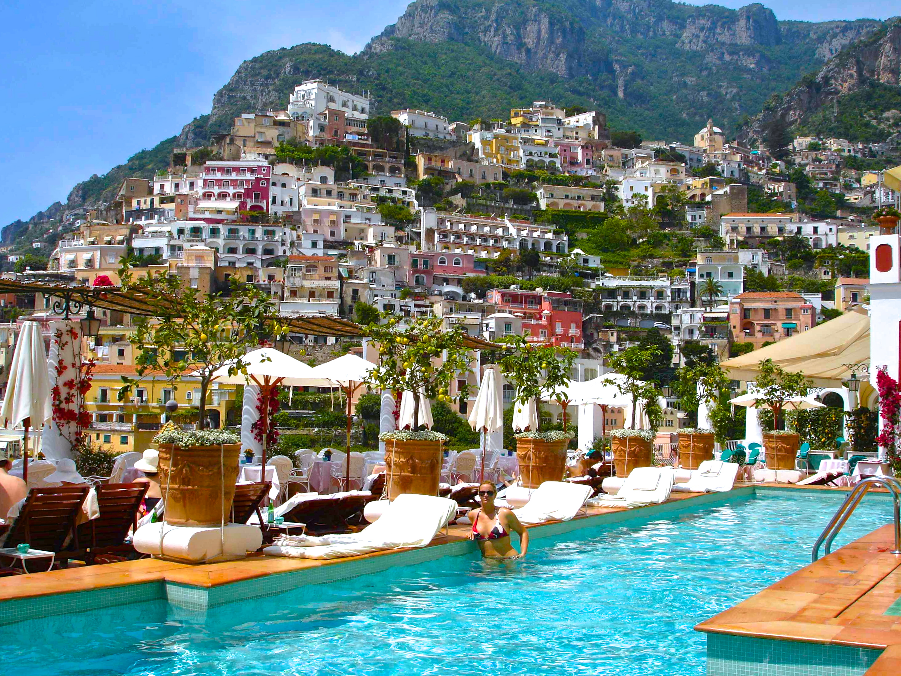 Top 10 hotels by the travel jam the travel jam for Great small hotels italy