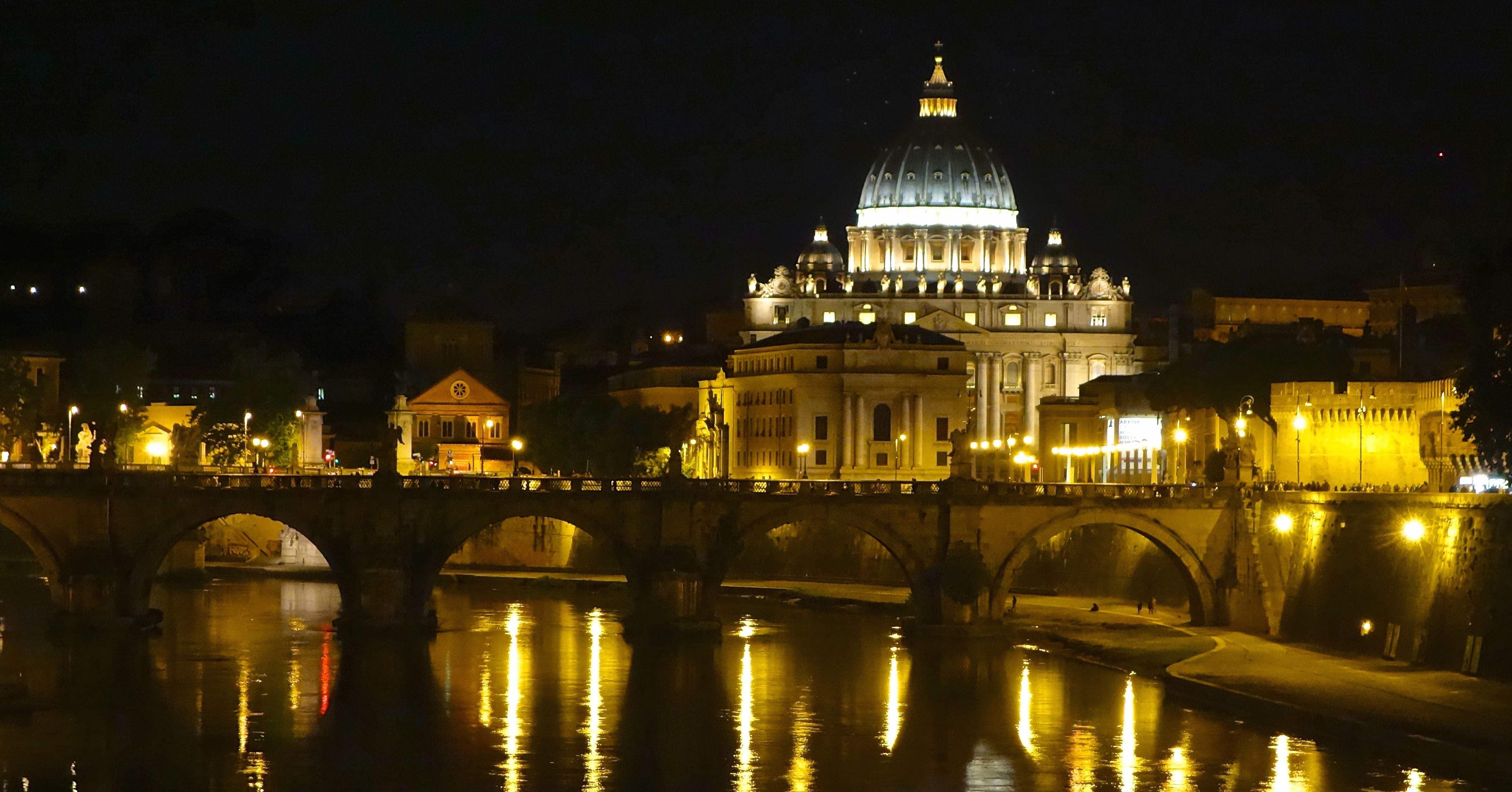 Viaggio a roma alla scoperta di itinerari e particolarit - Le finestre sul vaticano ...